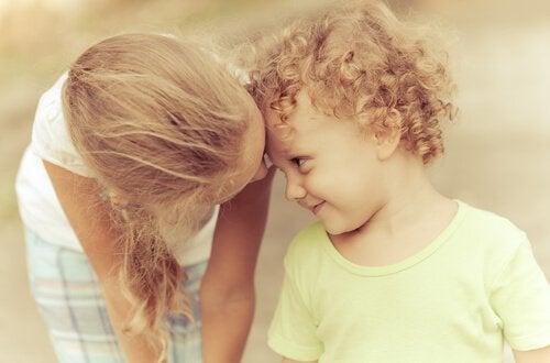 7 ting som skjer når du er et eldre søsken