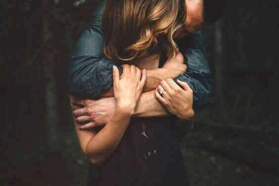 Elsk når du er klar, ikke når du er alene