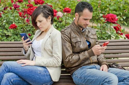 Sosiale nettverk kan være slutten på forholdet ditt