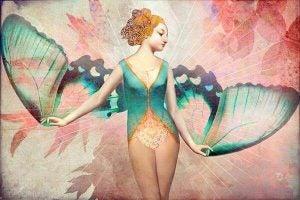 Kvinne med vakre vinger