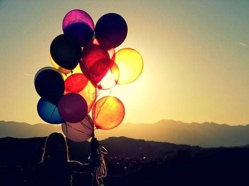 Jente med ballonger