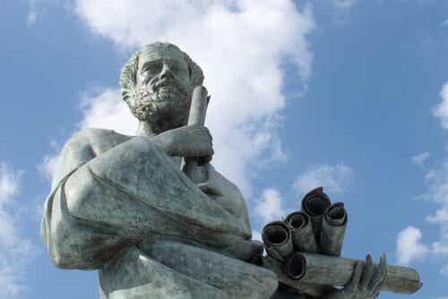 5 strålende sitater av Aristoteles