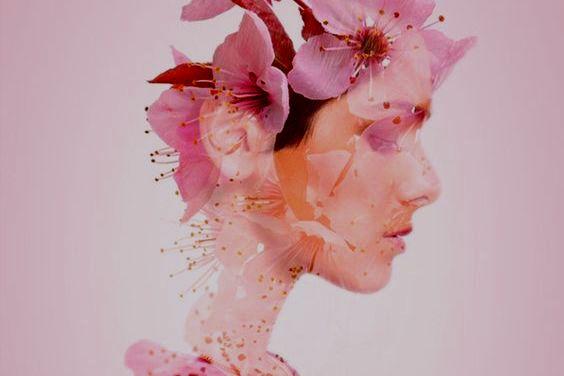 Kvinne av blomster