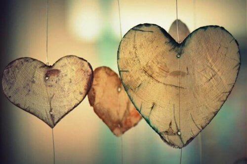 Hjerter av tre