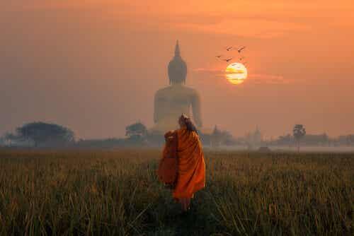 Den forgiftede pilen: En buddhistisk historie om å leve i nåtiden