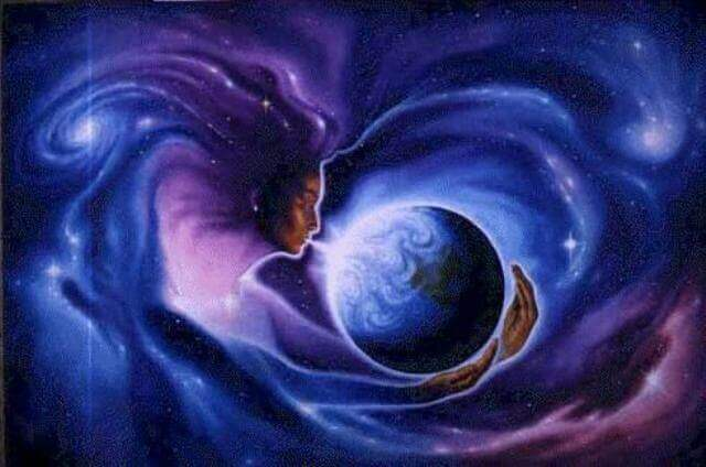 Kvinne puster dypt på Jorden