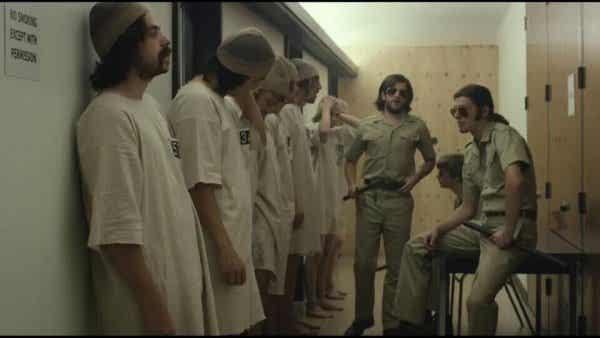 Hvordan gode mennesker blir onde: Stanford Prison Experiment