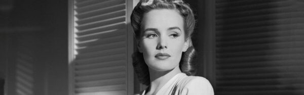 Frances Farmer opptrer i en film