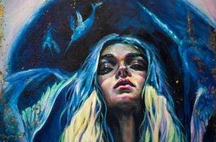 Kvinne med blått hår har styrken til å fortsette