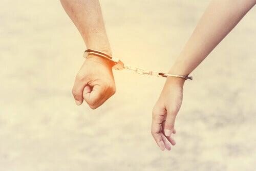 Medavhengighet og hvordan det ødelegger forhold og vår selvtillit