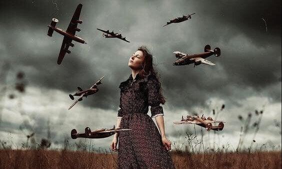 Kvinne og fly