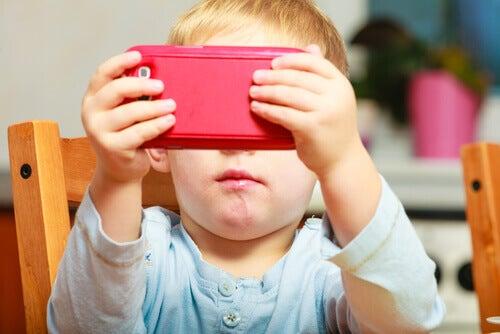 Grunner til å ikke gi barn en telefon