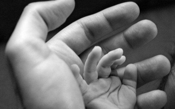 For hvert barn som tror på seg selv, er det foreldre som trodde på dem først