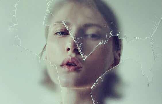 Negative mennesker: 5 karakteristiske egenskaper