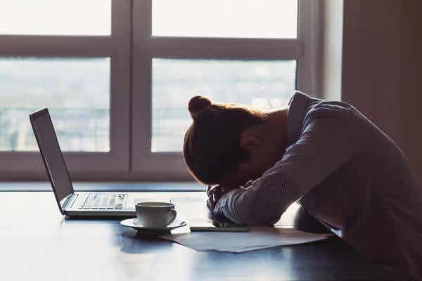 6 trekk folk som er avhengige av negativitet har