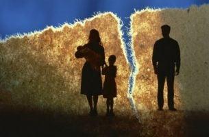 Familie opplever en skilsmisse