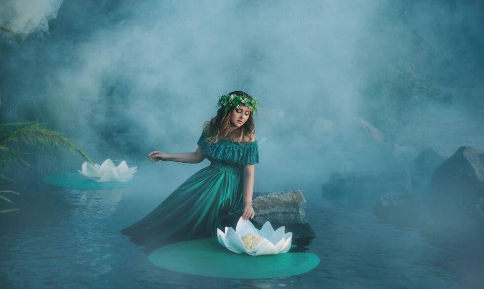 Jente og vannlilje