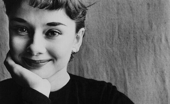 7 inspirerende sitater fra Audrey Hepburn