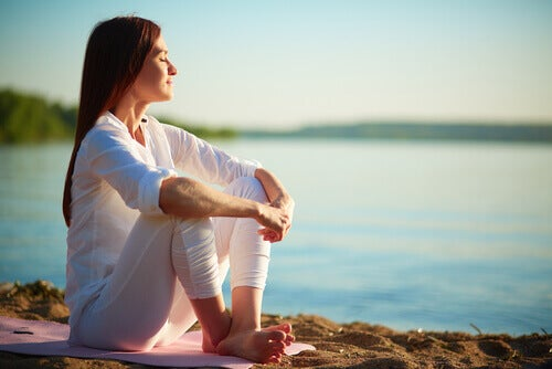 meditere ved sjøen