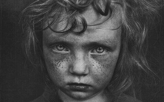 5 egenskaper knyttet til barndomstraumer