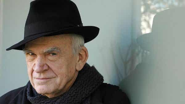 10 uforglemmelige sitater av Milan Kundera