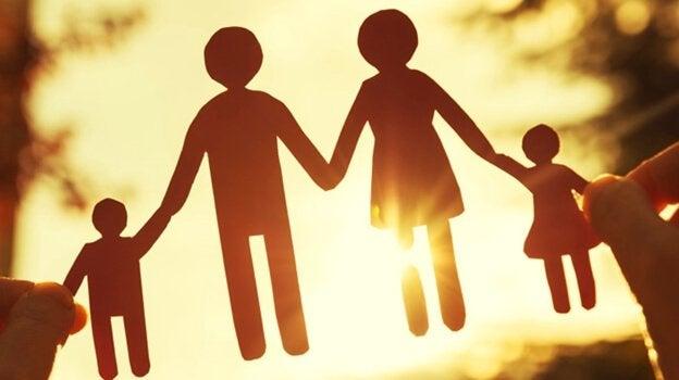 et papirutklipp av en familie