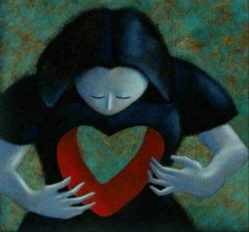 kvinne med hjerte formet som tomrom