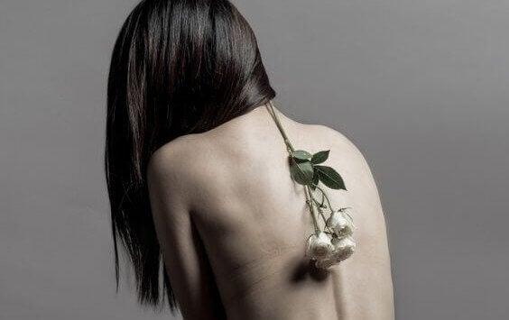 blomst på ryggen