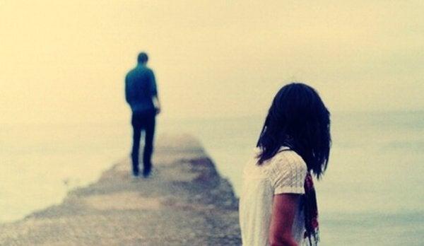 mishandling i hjemmet hos unge par