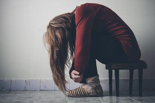 Utmattet kvinne