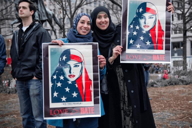kvinner som kjemper mot fremmedfrykt
