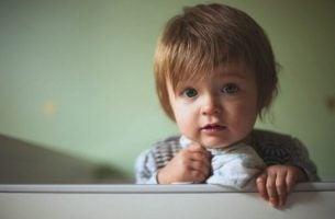9 Måneder: Milepæler i en babys utvikling