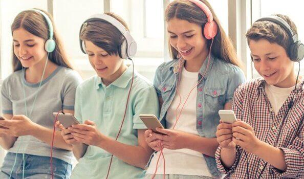 """5 skremmende ting som """"smarttelefongenerasjonen"""" har til felles"""