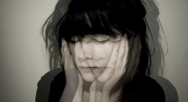 Følelsesmessig likegyldighet: Mangel på emosjonelle uttrykk