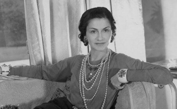 elegante Coco Chanel