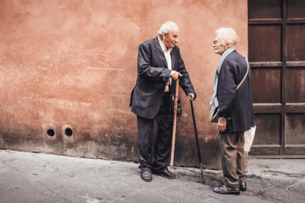 Eldre mann og kvinne