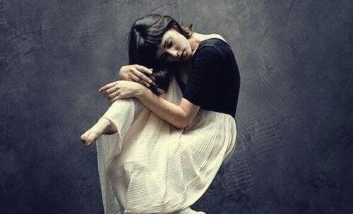 Å gjemme emosjonene dine - En tung byrde