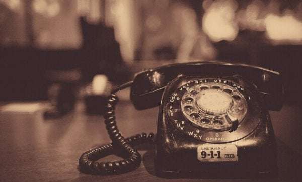 Sannheten: Gammeldags telefon