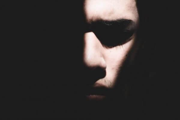 Hvordan behandler du posttraumatisk stresslidelse?