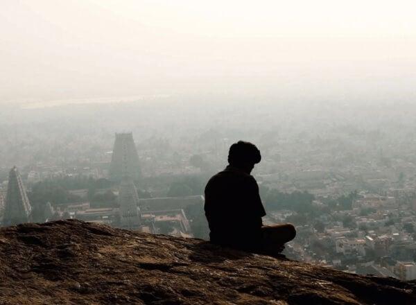 ensom mann