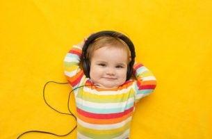 Kan musikk gjøre barna smartere?