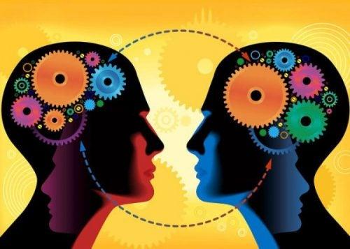 Sosial læring: Albert Banduras interessante teori