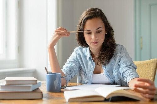 Ungdom med indre motivasjon studerer