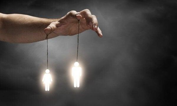 7 måter folk kan manipulere deg på uten at du skjønner det