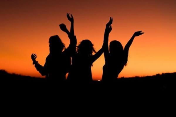 tre typer vennskap ved soloppgang