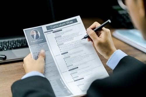 De 7 beste tipsene for sørge for at du har en bedre CV