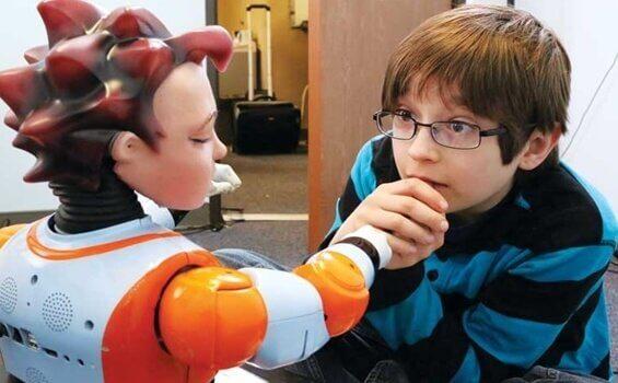 Robotterapi: Roboter og barn med autisme