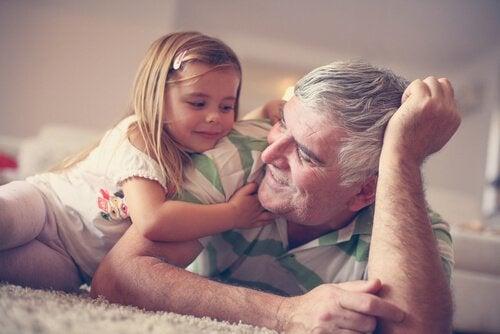 Besteforeldre - En skatt som har fordeler for oss alle