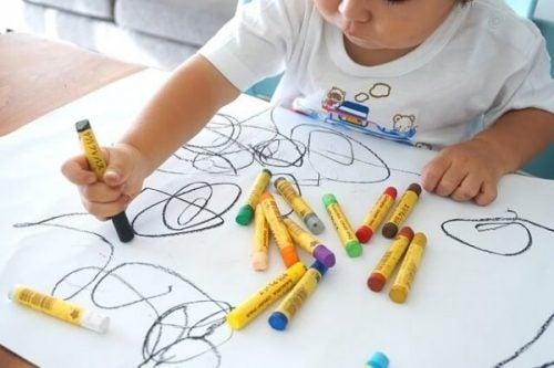 Et barns tegninger - Stadier og utvikling