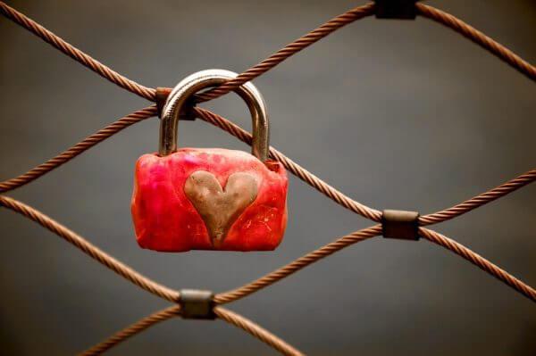 Hengelås med hjerte